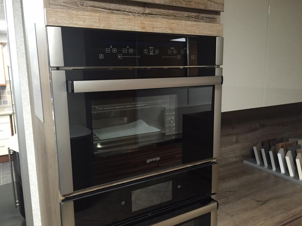 Ex Display Gorenje cooker £450.00
